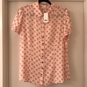 Banana Republic Silk Floral Print blouse